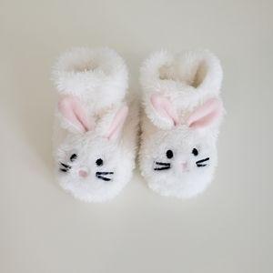 NWOT Gertex Baby Bunny Slipperd 0-12 Months
